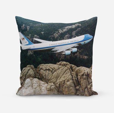 Cruising United States of America Boeing 747 Pillows