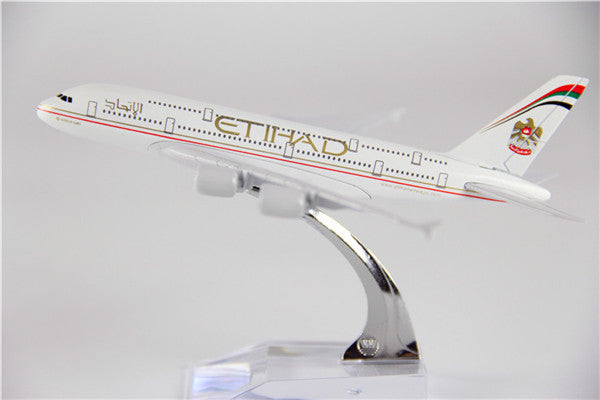 Etihad Airways Airbus A380 Airplane Model (16CM)