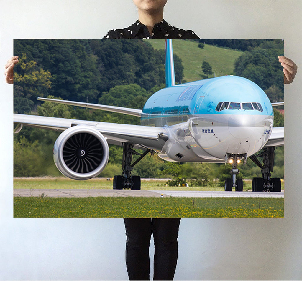 Face to Face with Korean Airlines Boeing 777 Printed Posters