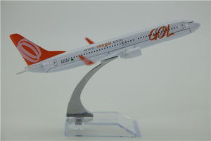 GOL Boeing 737 Airplane Model (16CM)
