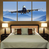Landing Boeing 747 From Front Printed Canvas Posters (3 Pieces)