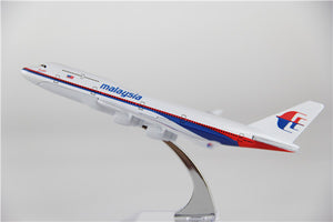Malaysia Airways Boeing 747 Airplane Model (16CM)