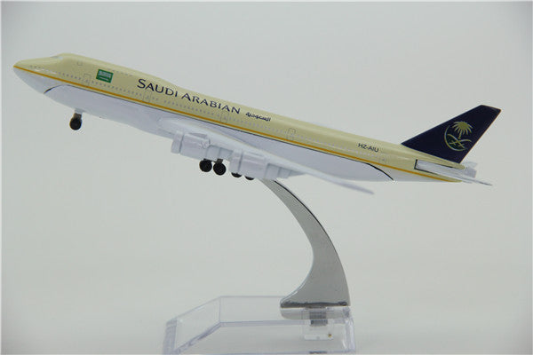 Saudi Arabian Boeing 747 Airplane Model (16CM)