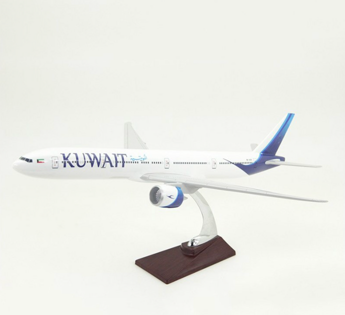 KUWAIT Airways Boeing 777 Airplane Model (Special 47CM)