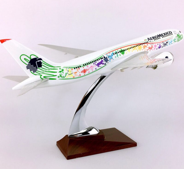 AeroMexico Boeing B787-800 Dreamliner (36CM) Airplane Model