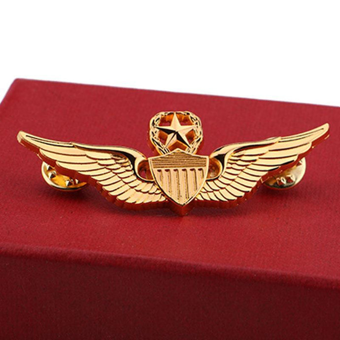 Golden WWII USAF Designed Pilot Badge