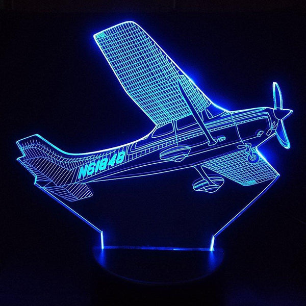 Rolling Amazing Cessna 172 Skyhawk Designed 3D Lamp Aviation Shop