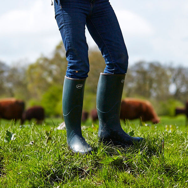 saxon wellingtons yard boots