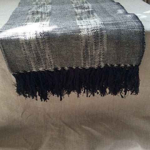 PLAID WEAVING BLACK/PLAID TISSE NOIR