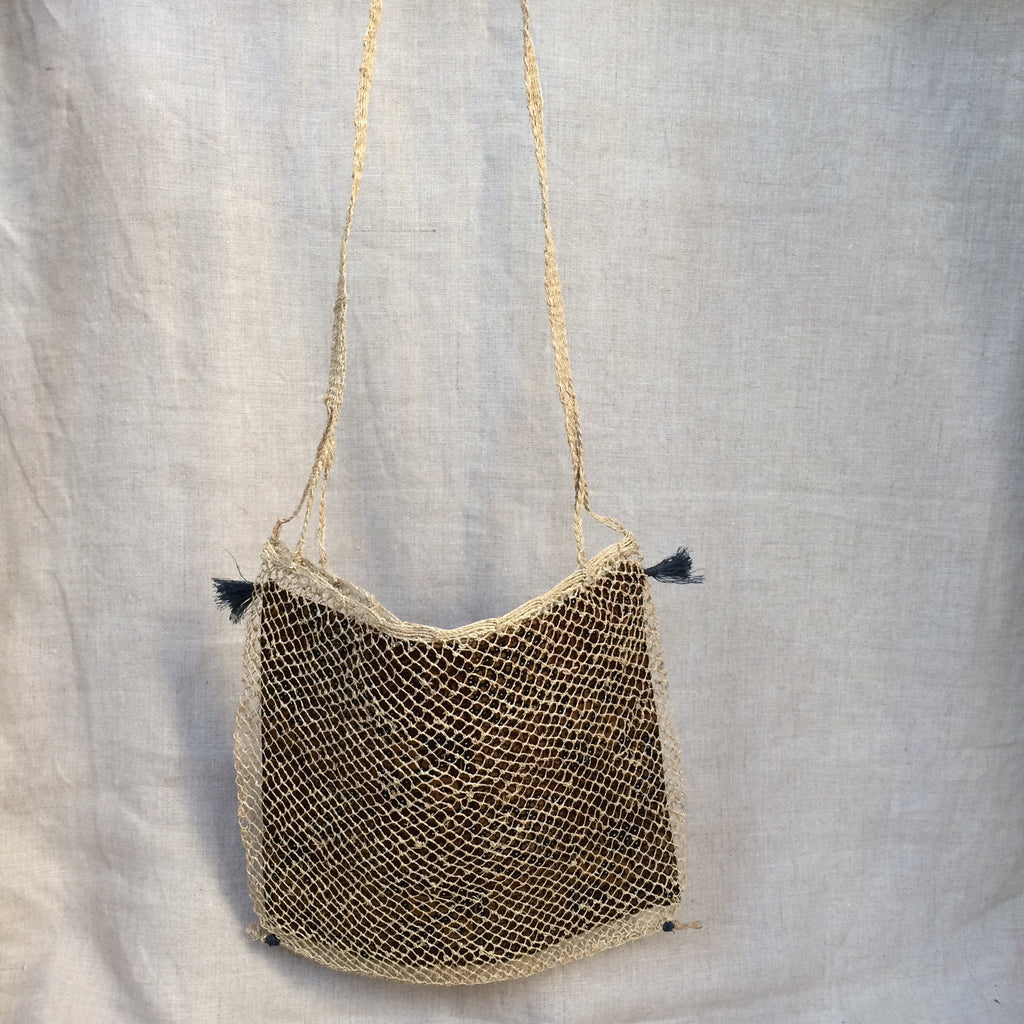HANDBAG CORD WITH BATIK POUCH/SAC FILET BATIK