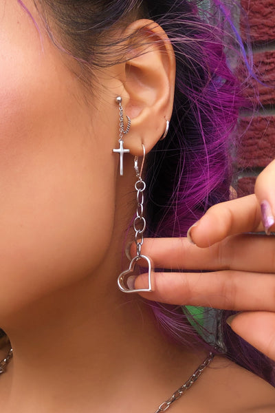 LOVE HARD EARRINGS - CREEPS