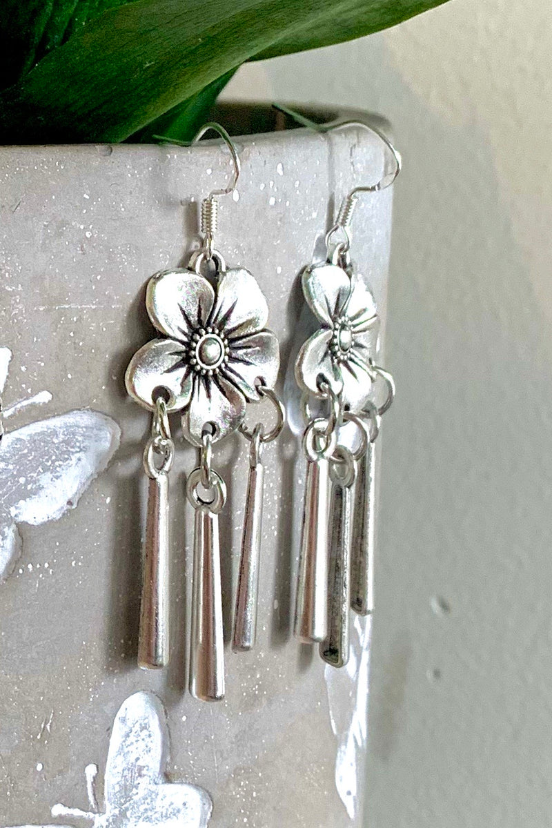TIKI PRINCESS EARRINGS