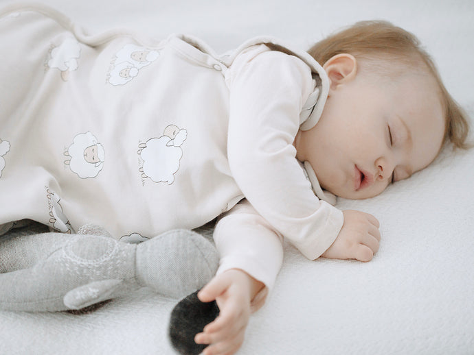 Is It Safe For My Baby To Sleep On One Side?