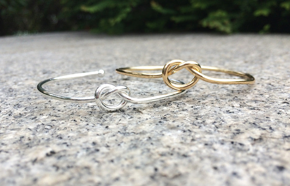 Minimalist Knot Bangle in Gold