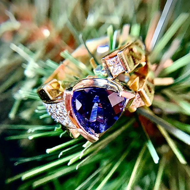 Custom 18k Tanzanite and Diamond Ring