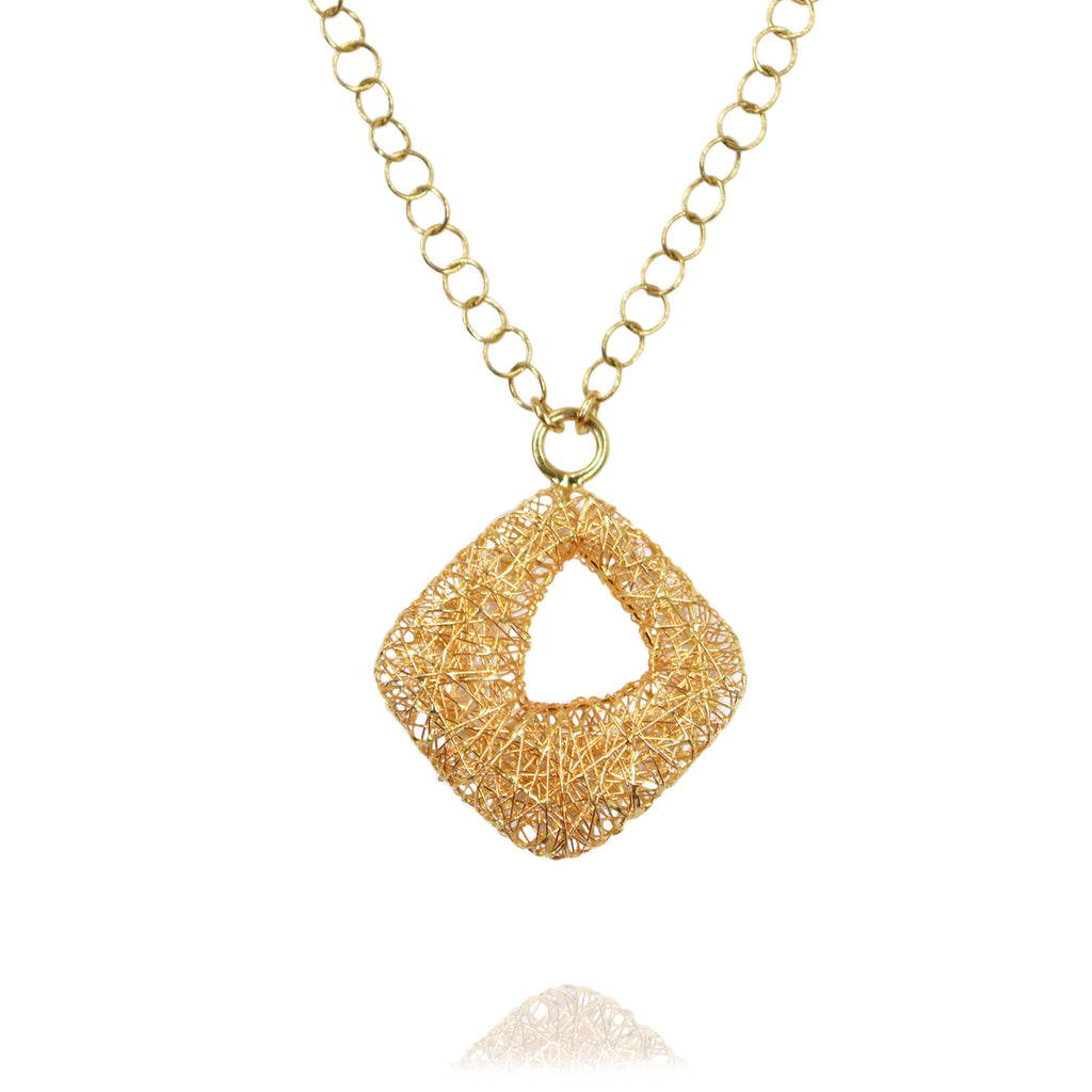14kt Yellow Gold Nest Style Pendant