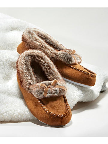 Faux fur lined slippers in brown