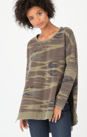 Weekender long sleeve top in camo