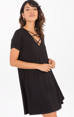 Crisscross tee dress in black