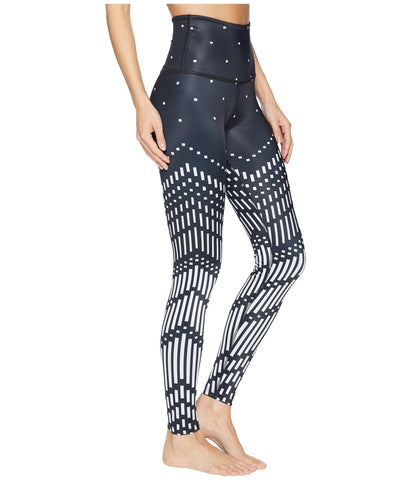 Engineered lux high waisted midi legging in pixelated arrows