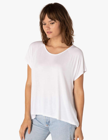 Slink out loud high low tee in white