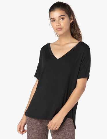 Side splits v-neck tee in black
