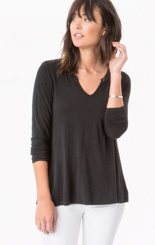 Premium sleek jersey long sleeve tee in black