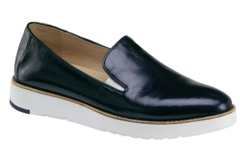 Penelope slip-on in navy crinkle