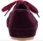 Be flocked lace-up sneaker in burgundy