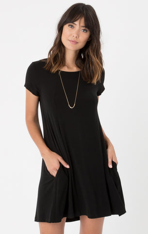 Swing t-shirt dress in black