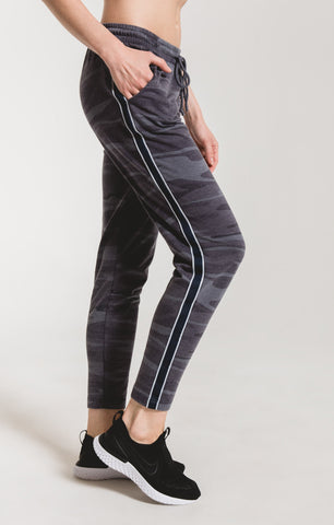 Camo sporty jogger pants in dark blue