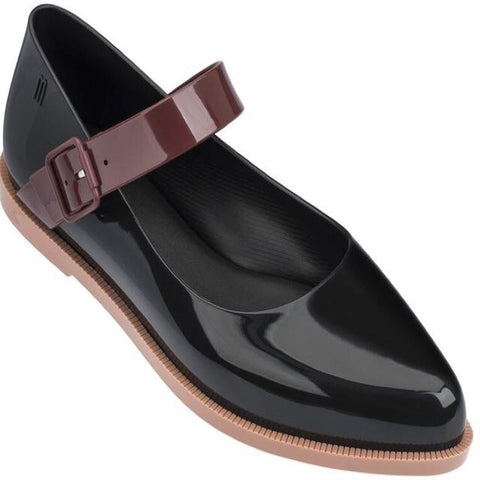 Pointy toe waterproof mary jane flats in black/brown