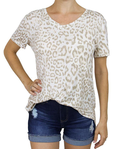 Perfect pocket tee in ivory leopard