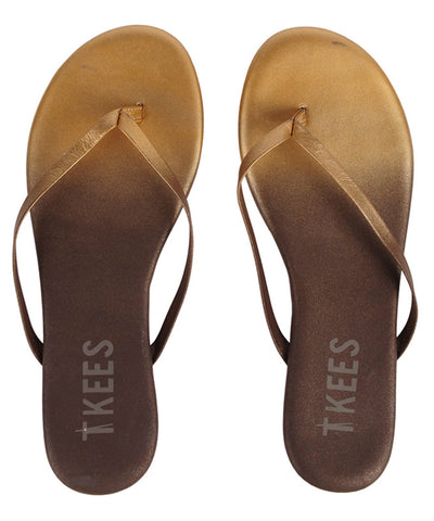 Leather flip flops in ombre (gold to brown)
