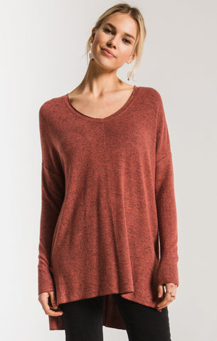 Marled sweater knit v-neck tunic in mesa red