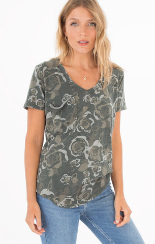 Short sleeve rose camo pocket tee in rosin