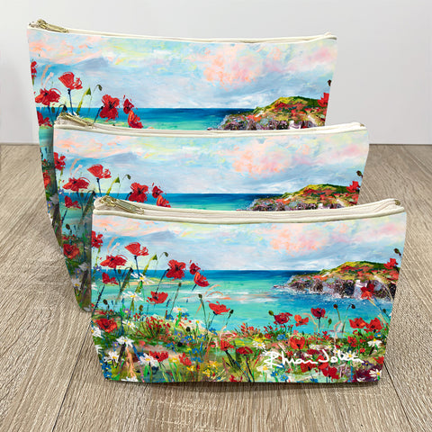 Wash / Makeup Bag of Poppy Cove