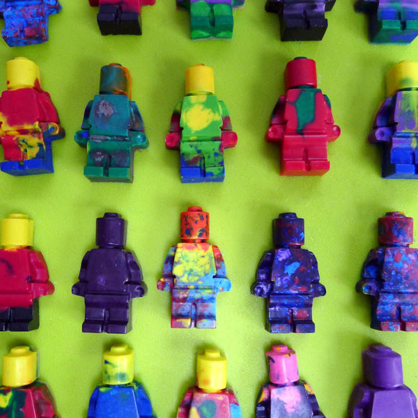 Wax crayon figures