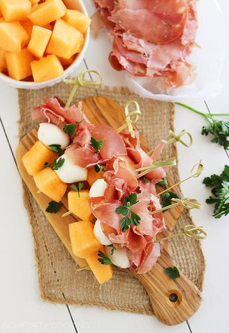 Melon Prosciutto Mozzarella Skewers | The Smile Blog | TheWhiteningStore.com