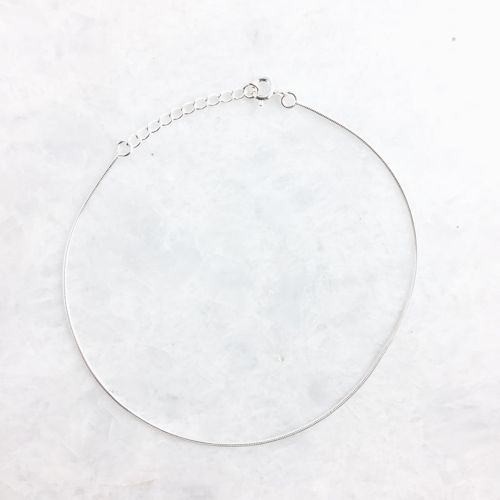 Minimal Simple Anklet