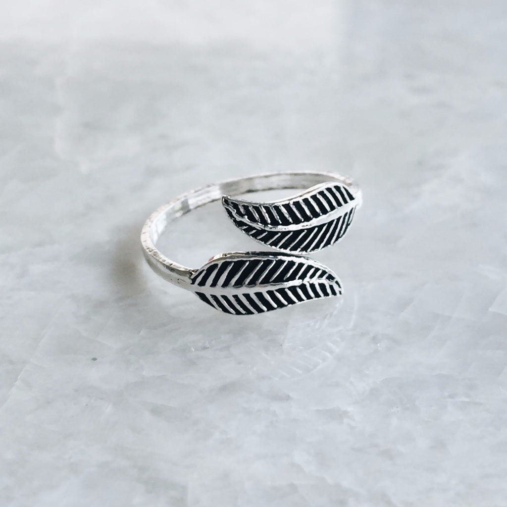 Double Leaf Toe Ring