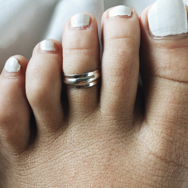 Single Stripe Toe Ring