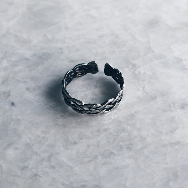 Oxidized Braided Toe Ring