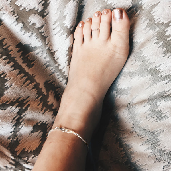 Delicate Feather Anklet
