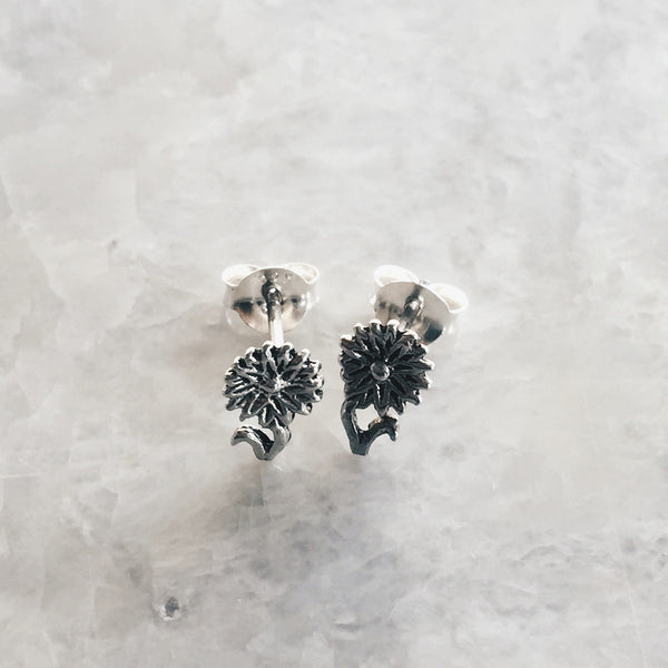 Dainty Sunflower Studs