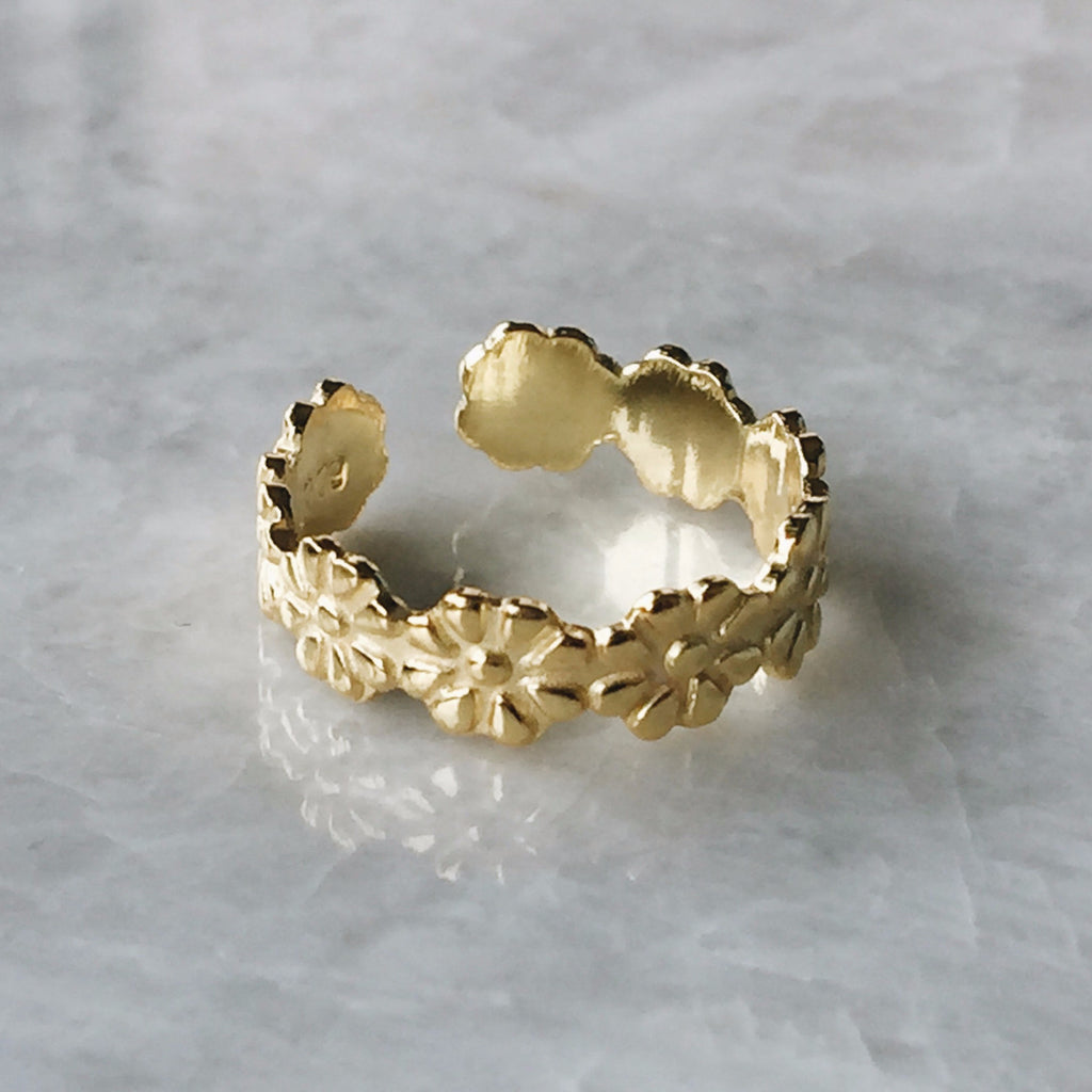 Gold Daisy Chain Toe Ring