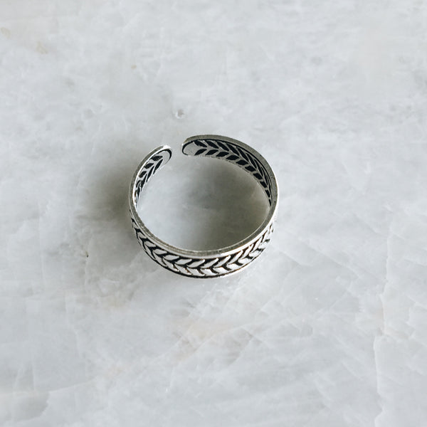 Grecian Leaf Toe Ring