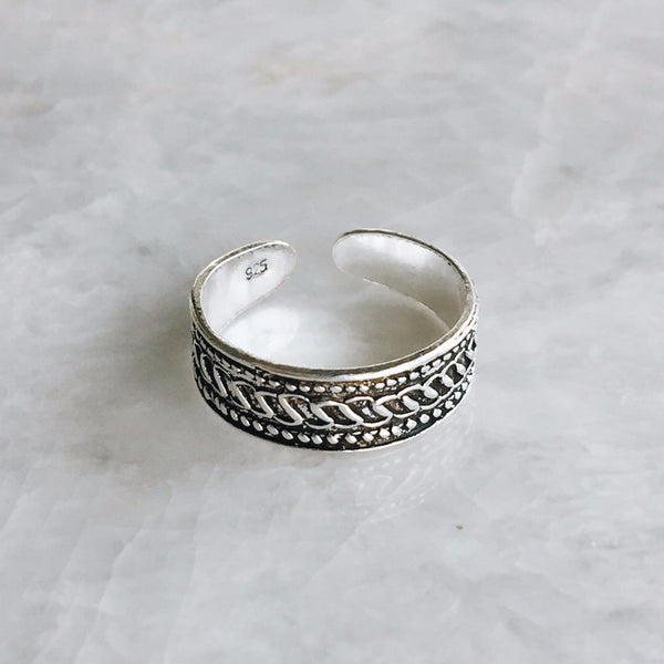 Dot And Wave Toe Ring