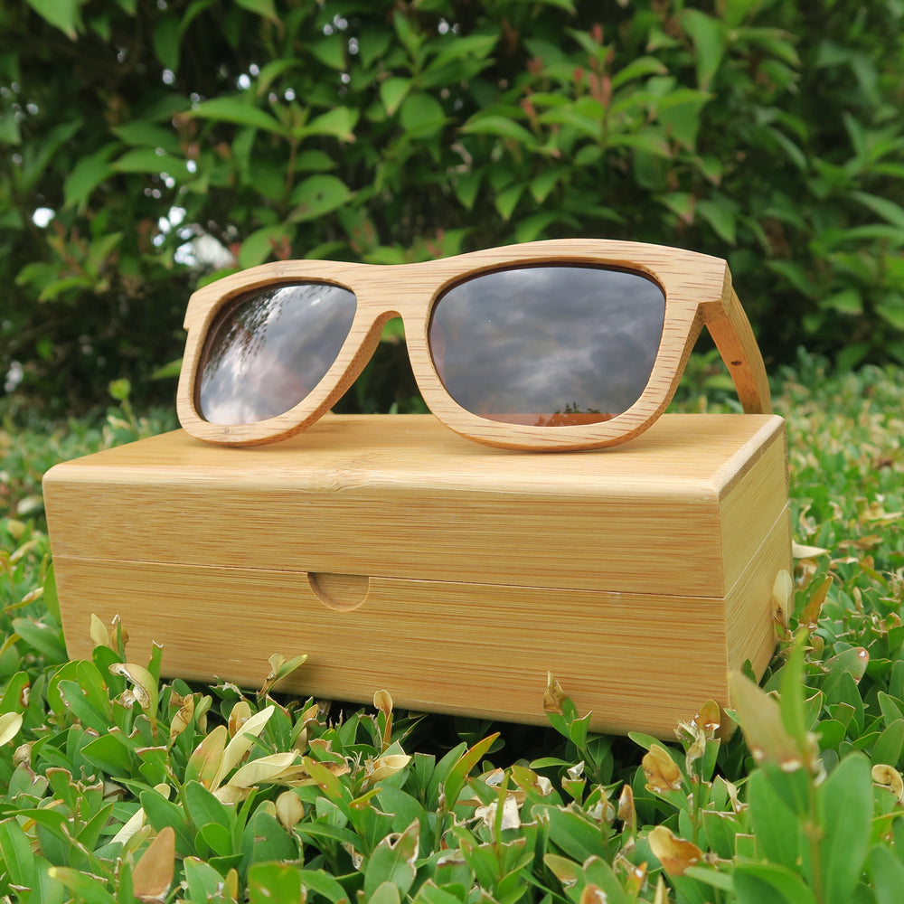 Betchworth: Mens Bamboo Sunglasses