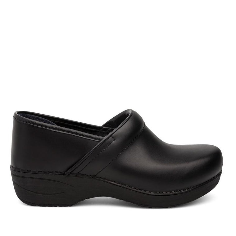 Dansko Women's XP 2.0 Clog - Black Pull Up